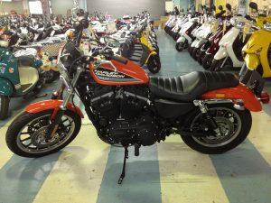 ハーレーダビッドソン スポーツスター XL883R オレンジ