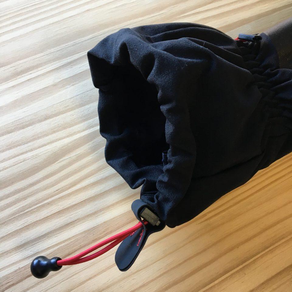 モンベルのグローブ「パウダーミトン」はウィンタースポーツに最適