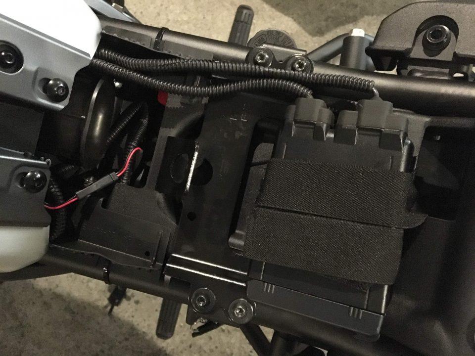 XSR700 ETC車載器の設置方法を少し変更